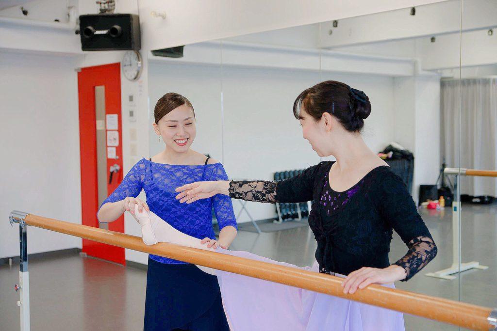 自由が丘にある大人のためのクラシックバレエ教室 レッスン