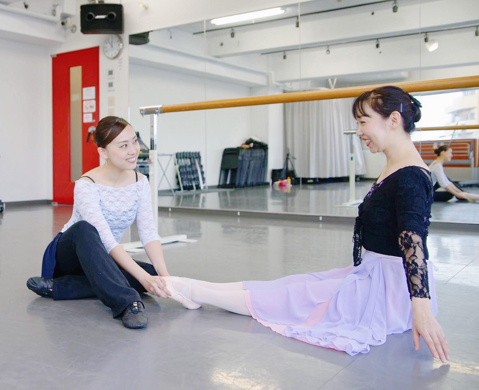 大人のためのクラシックバレエ教室 レッスン風景